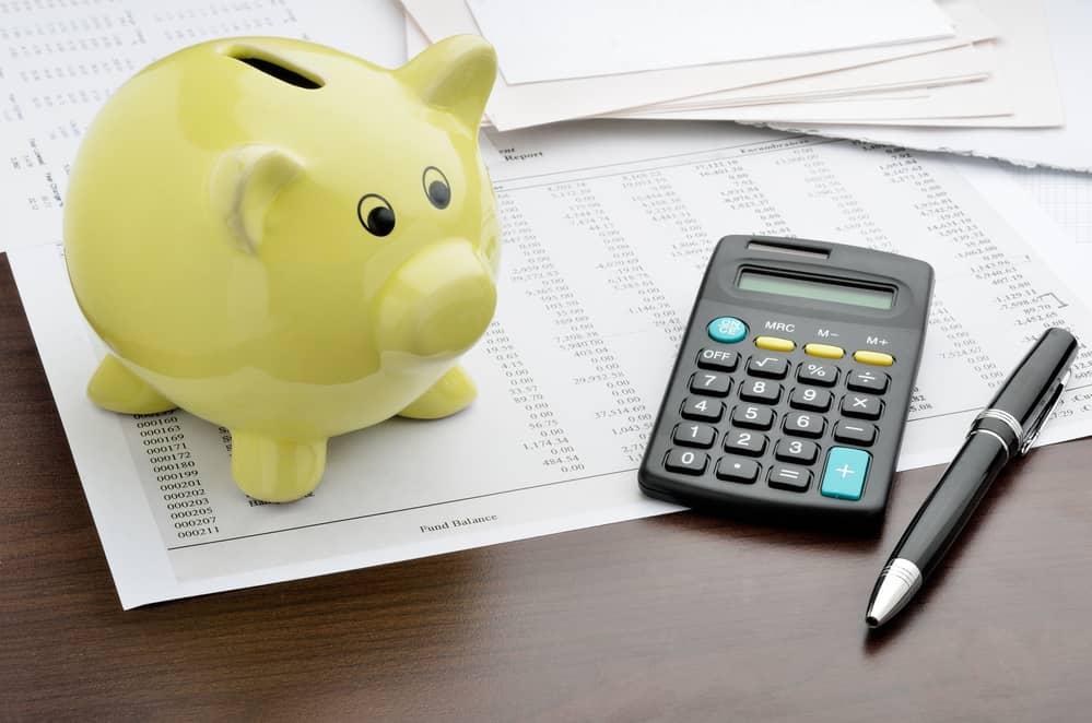 Calculator and Piggy Bank – easifleet
